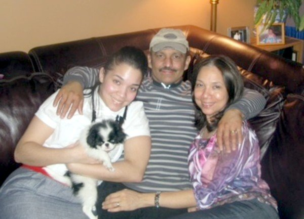 Annecy Baez with family