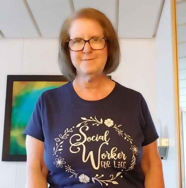Linda Grobman social work tshirt