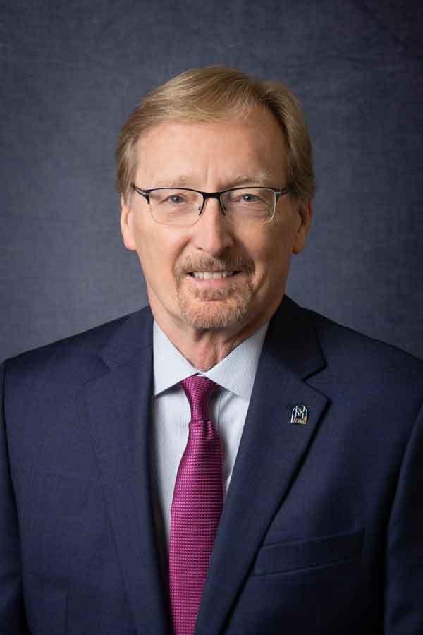 Dwight Hymans