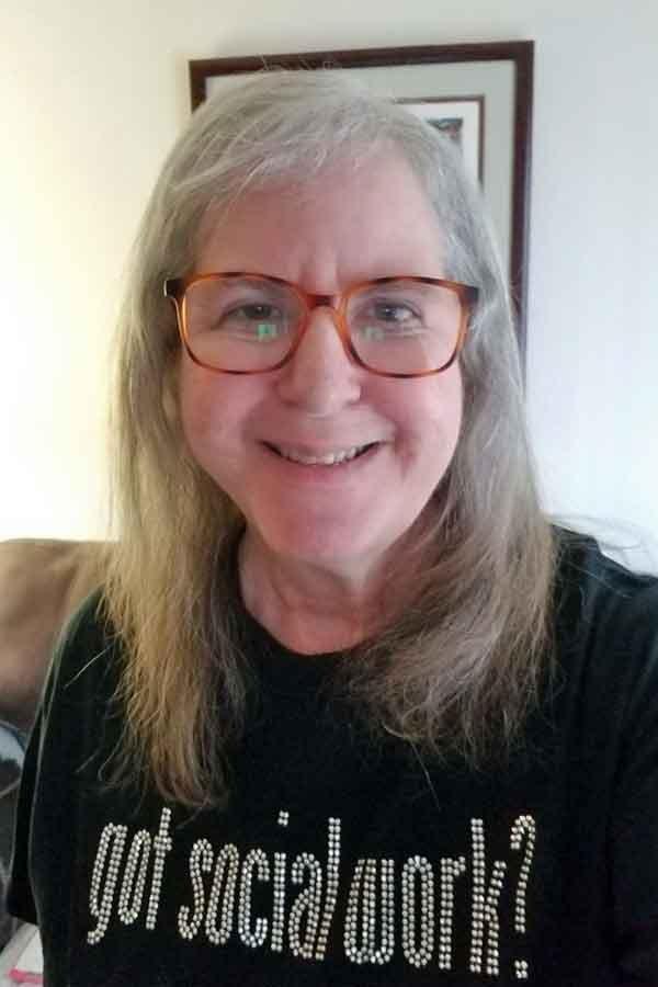 Linda Grobman tshirt 2021