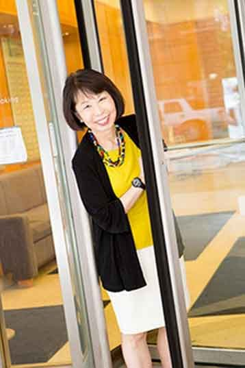 Jeanette Takamura
