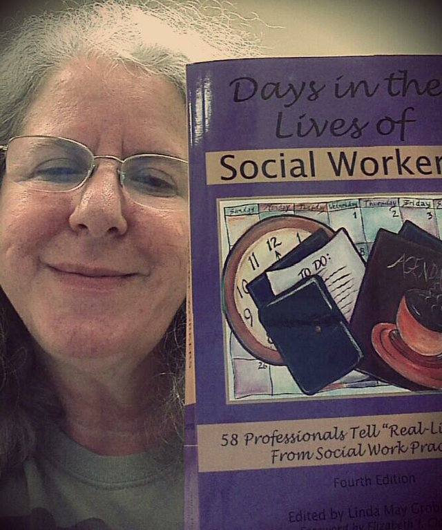Linda Grobman with Days in the Lives of Social Workers 4th Edition
